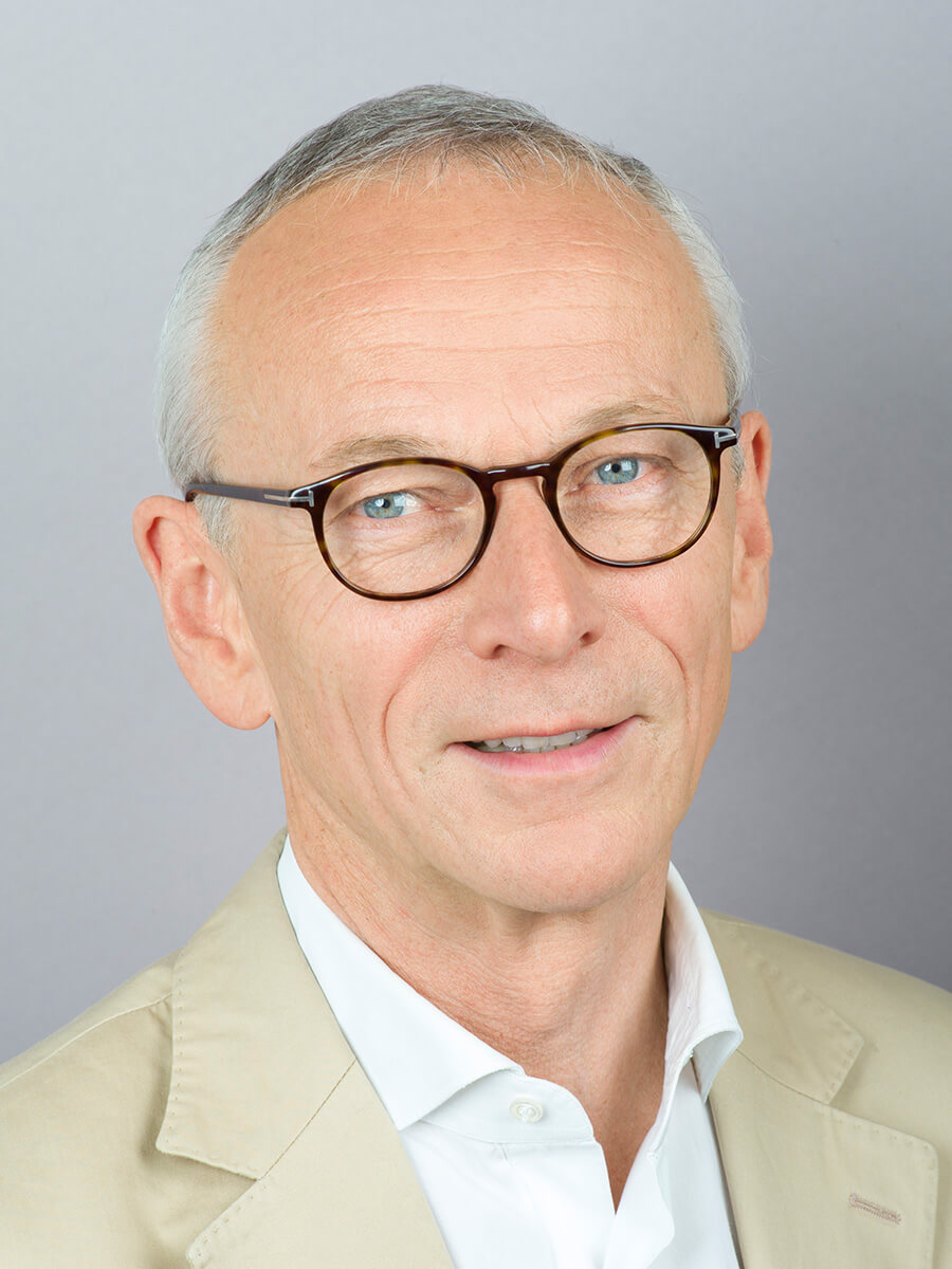 Zahnarzt Oberkassel Gernot Mörig Zahnarztpraxis Düsseldorf